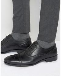 Zapatos brogue de cuero negros de Red Tape