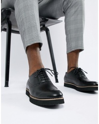 Zapatos brogue de cuero negros de Truffle Collection