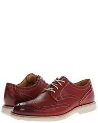 Zapatos brogue de cuero rojos