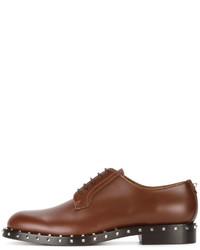 Zapatos con cordones de cuero marrónes de Valentino