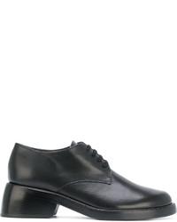 Zapatos con cordones de cuero negros de Ann Demeulemeester