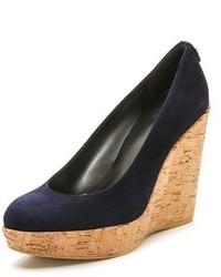 Zapatos con cuña azul marino de Stuart Weitzman