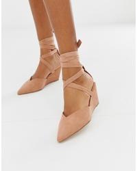 Zapatos con cuña de ante en beige de ASOS DESIGN