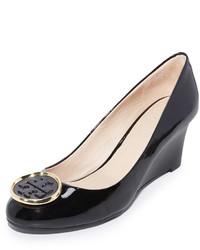 Zapatos con cuña negros de Tory Burch
