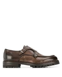Zapatos con doble hebilla de cuero en marrón oscuro de Eleventy