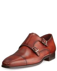 Zapatos con doble hebilla de cuero rojos