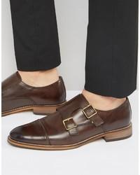 Zapatos con hebilla de cuero en marrón oscuro de Asos
