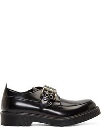 Zapatos con Hebilla de Cuero Negros de McQ