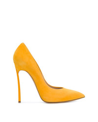Zapatos de Tacón de Ante Amarillos de Casadei