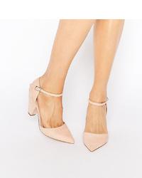 Zapatos de tacón de ante en beige de ASOS DESIGN