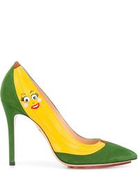 Zapatos de tacón de ante estampados verdes de Charlotte Olympia