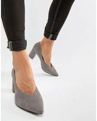 Zapatos de tacón de ante grises de Glamorous