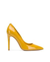 Zapatos de tacón de cuero amarillos de Salvatore Ferragamo