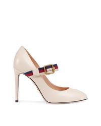 Zapatos de tacón de cuero blancos de Gucci