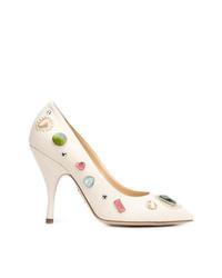 Zapatos de tacón de cuero con adornos blancos de Charlotte Olympia