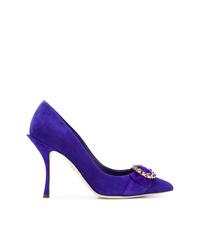 Zapatos de tacón de cuero con adornos en violeta de Dolce & Gabbana
