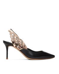 Zapatos de tacón de cuero con adornos negros de Sophia Webster