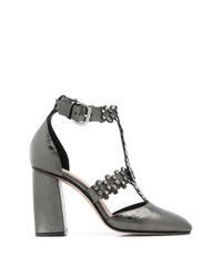 Zapatos de tacón de cuero con adornos plateados de RED Valentino