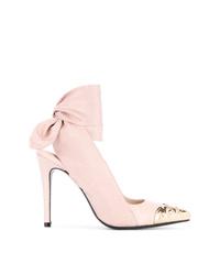 Zapatos de tacón de cuero con adornos rosados de Alice McCall
