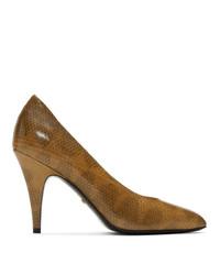Zapatos de tacón de cuero con print de serpiente marrónes de Gucci