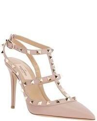 Zapatos de Tacón de Cuero con Tachuelas Beige de Valentino Garavani