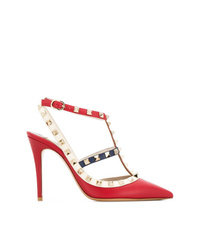 Zapatos de tacón de cuero con tachuelas rojos de Valentino