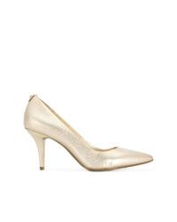 Zapatos de tacón de cuero dorados de MICHAEL Michael Kors