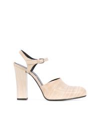 Zapatos de tacón de cuero en beige de Jil Sander