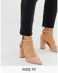 Zapatos de tacón de cuero en beige de Raid Wide Fit