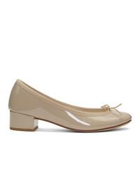 Zapatos de tacón de cuero en beige de Repetto