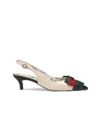 Zapatos de tacón de cuero en blanco y negro de Gucci