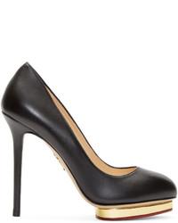 Zapatos de tacón de cuero en negro y dorado de Charlotte Olympia