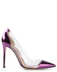 Zapatos de tacón de cuero en violeta