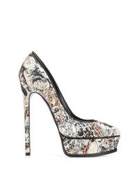 Zapatos de tacón de cuero estampados grises de Casadei