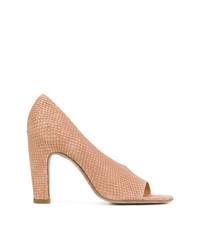 Zapatos de tacón de cuero estampados marrón claro de Officine Creative