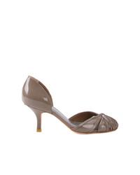 Zapatos de tacón de cuero grises de Sarah Chofakian