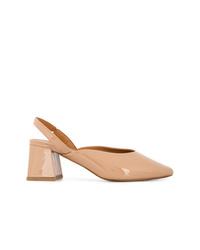 Zapatos de tacón de cuero marrón claro de By Far