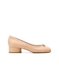 Zapatos de tacón de cuero marrón claro de Maison Margiela