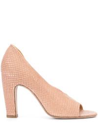 Zapatos de tacón de cuero marrón claro de Officine Creative