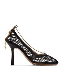 Zapatos de tacón de cuero negros de Bottega Veneta