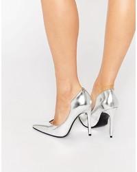 Zapatos de tacón de cuero plateados
