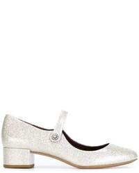 Zapatos de tacón de cuero plateados de Marc Jacobs