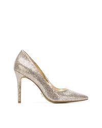 Zapatos de tacón de cuero plateados de MICHAEL Michael Kors
