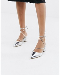 Zapatos de tacón de cuero plateados de RAID
