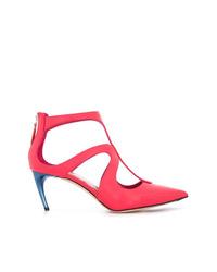 Zapatos de tacón de cuero rosa de Alexander McQueen