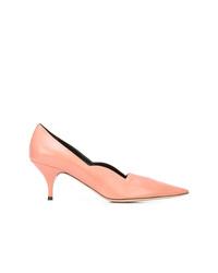 Zapatos de tacón de cuero rosados de Nina Ricci