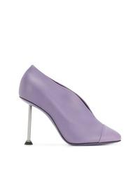 Zapatos de tacón de cuero violeta claro de Victoria Beckham
