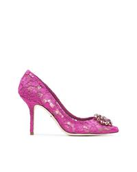 Zapatos de tacón de encaje rosa de Dolce & Gabbana