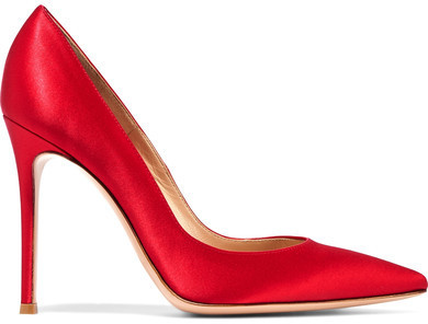 Zapatos de tacón de satén rojos de Gianvito Rossi