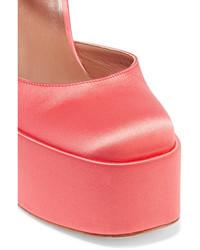 Zapatos de tacón de satén rojos de Laurence Dacade